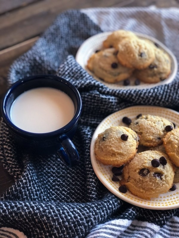Thick And Soft Keto Chocolate Chip Cookies Butter Together Kitchen