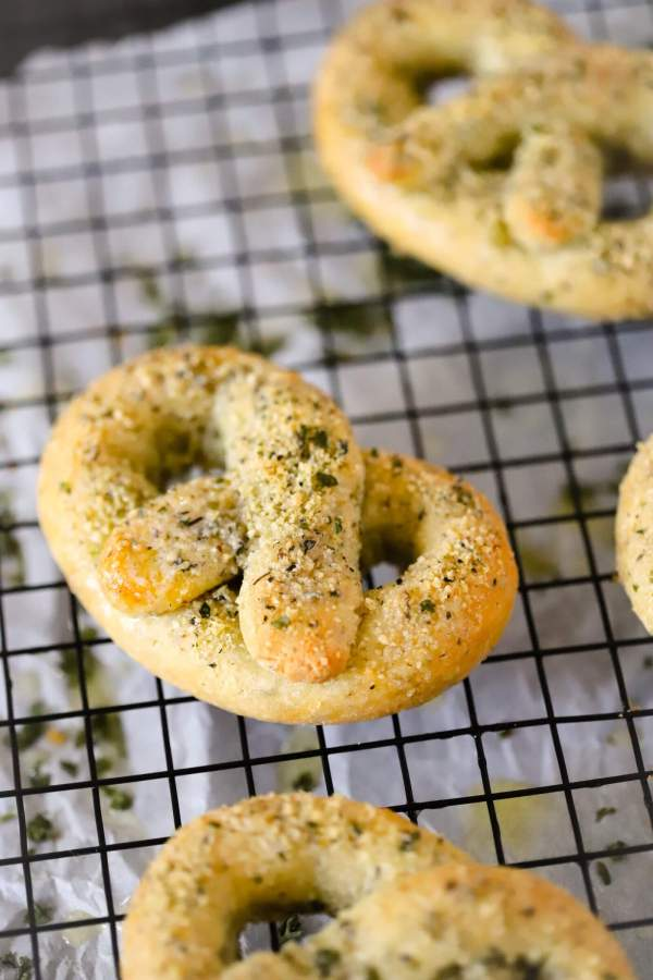 close up photo of center keto pretzel on a cooling rack