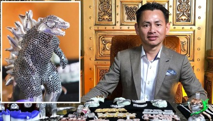 Jeweler Johnny Dang Shows Off His Insane Jewelry Inventory - Buttondown.tv