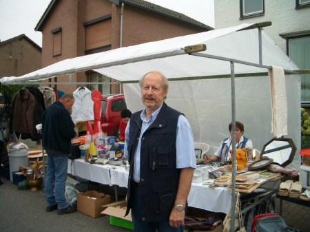 foto's rommelmarkt 2007 036