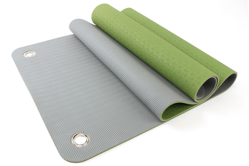 two layer TPE yoga mat with holes to hang up
