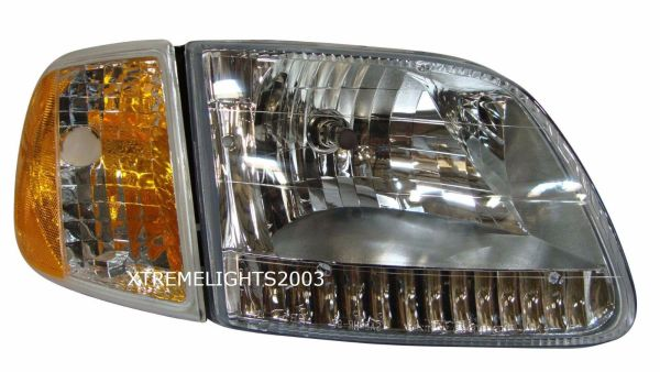 Monaco Knight Right (Passenger) Headlight Assembly & Signal Light Unit
