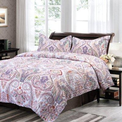 Bedsure Flourish Style Floral Design Quilt Set for All Season