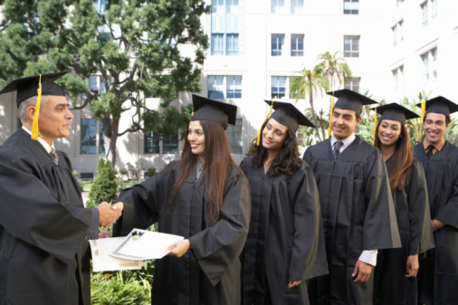 How to earn a degree online