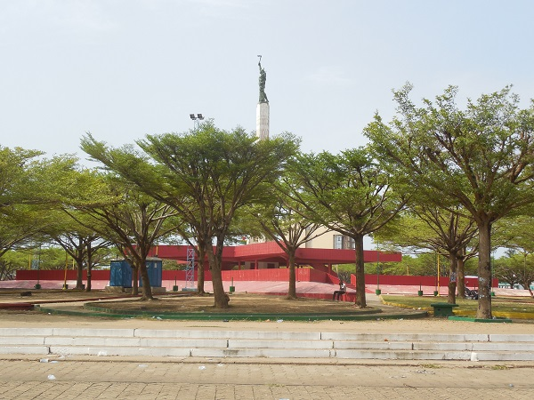 Etoile rouge arnaque internet afrique