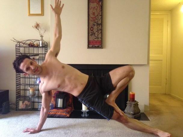 FF- Yoga Side Plank