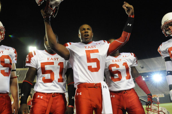 """FRIDAY NIGHT LIGHTS -- """"Always"""" Episode 513 -- Pictured: Michael B. Jordan as Vince Howard -- Photo by: Bill Records/NBC"""