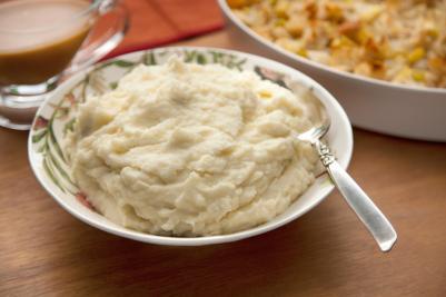 29083_basic_mashed_potatoes2