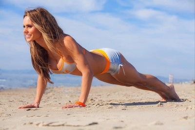 Beach Workouts 643927_642935942399127_1378802051_n