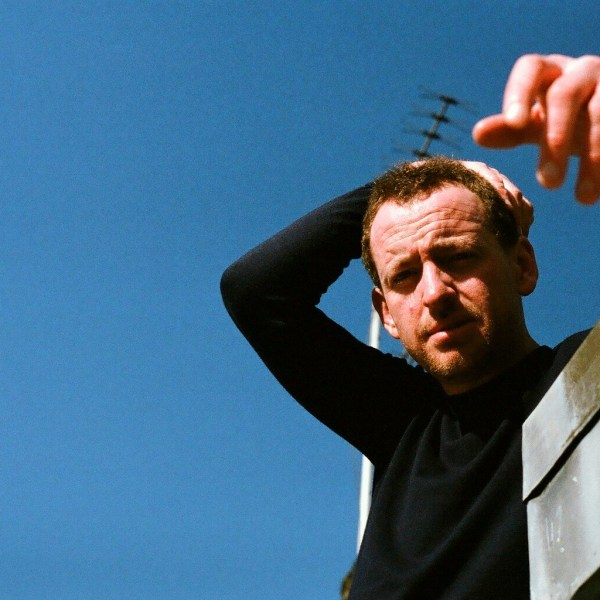 Stephen Fretwell new album reviews at buzz magazine