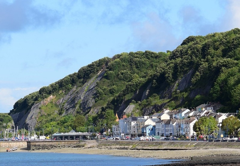 Mumbles top 10 places to swim in wales.