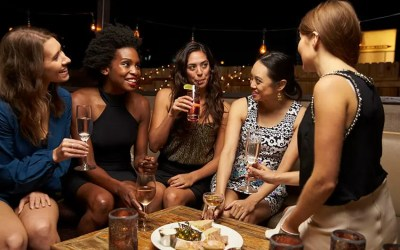 Best Restaurants & Bars Perfect for Girl's Night Out in NYC