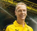 Autografado por Rainer Schrey, preparador físico do Borussia Dortmund para a temporada 2016/2017