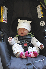 Baby_in_carseat