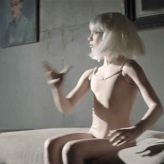 Music Video Sia Chandelier