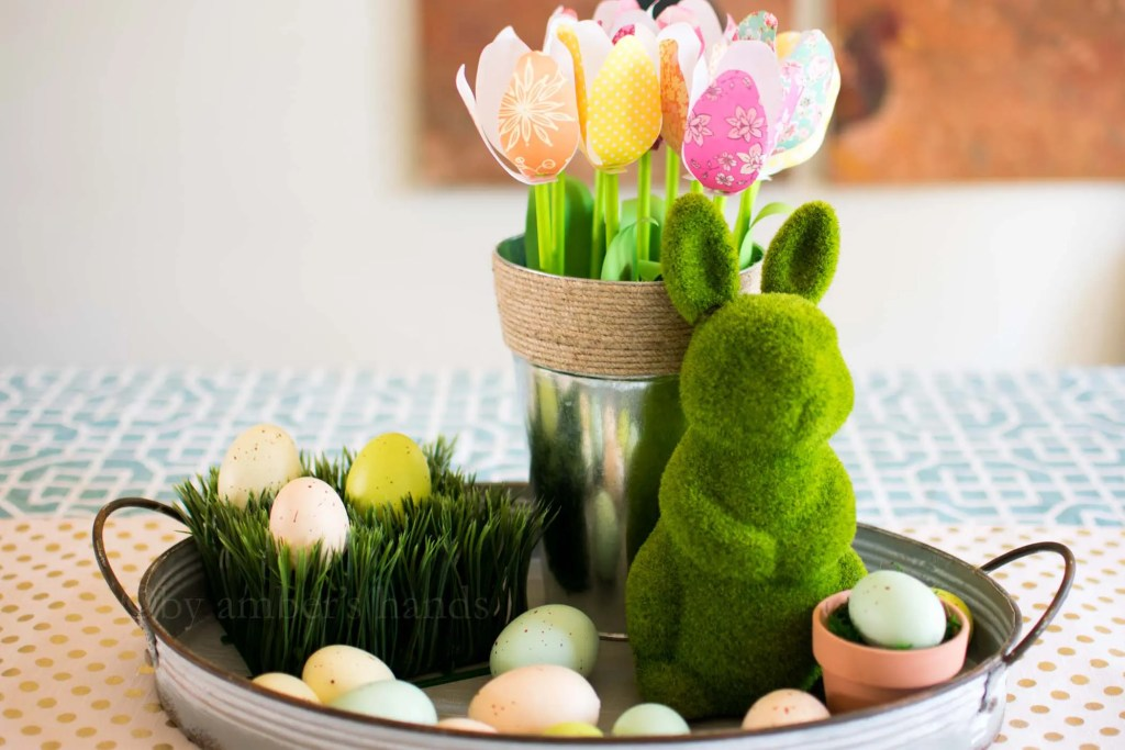 Simple Paper Tulips {Free Printable Pattern} -by amber's hands-