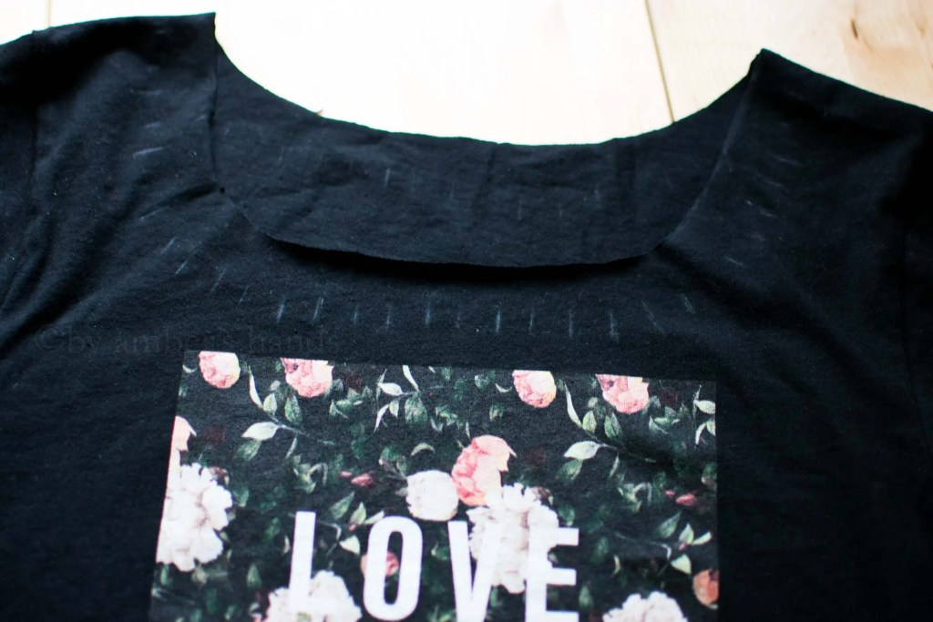 No Sew T-shirt Refashion -by amber's hands-