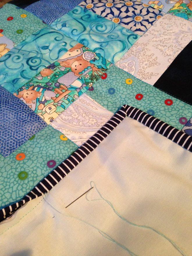 patchwork babytæppe stribet