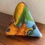 trekantpung uldbroderi dynebetræk småting