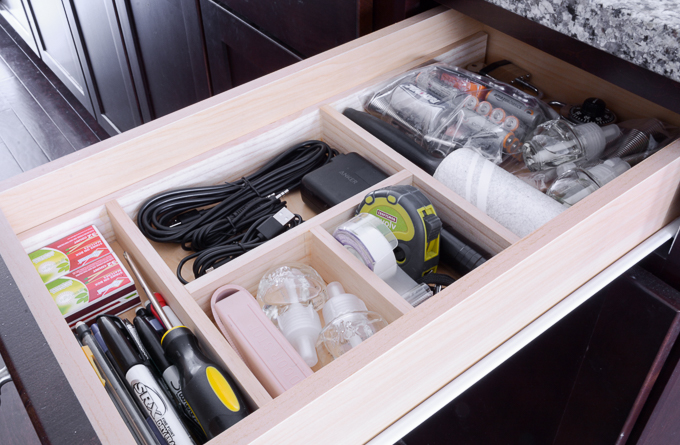 Learn how to make this DIY junk drawer organizer using under $5 worth of wood #organizing #organized #organize #junkdrawer #diy #woodworking