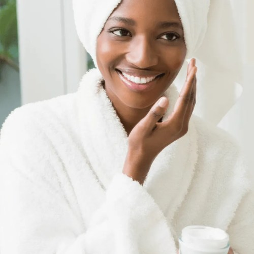 6 Effective Tips To Treat Acne in Skin of Colour
