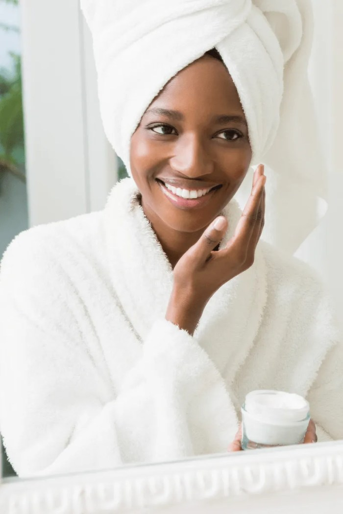 6 Best Tips On How To Get Rid Of Acne In Dark Skin