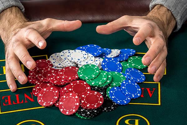 オンラインカジノに残っているチップを0にする