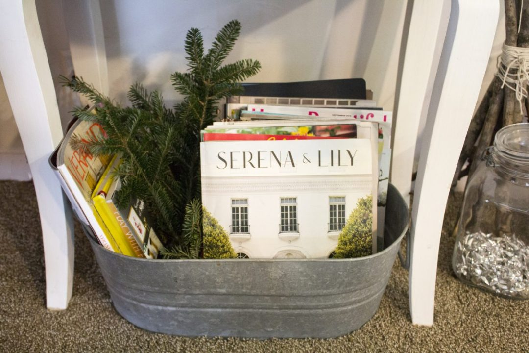 christmas-bucket-with-greens