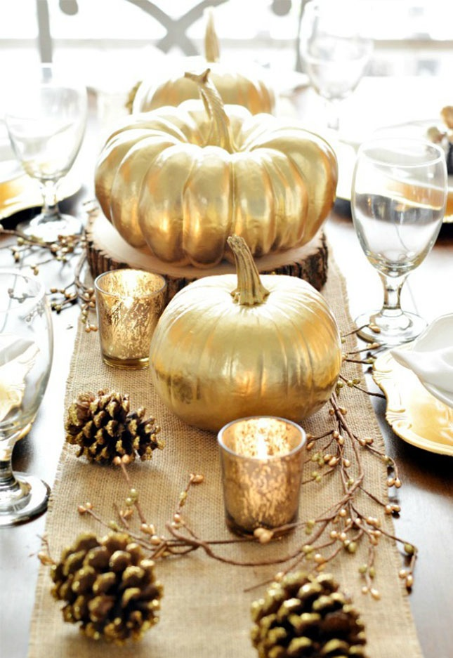 gold pumpkins and burlap table runner | brit.com