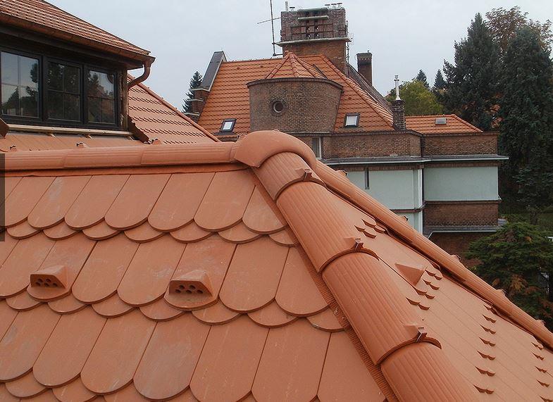 Bydlení v podkroví je dnes módou, bez kvalitní střechy se ale neobejde