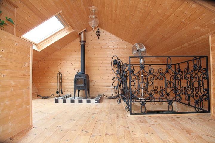 Podlaha z masivního dřeva