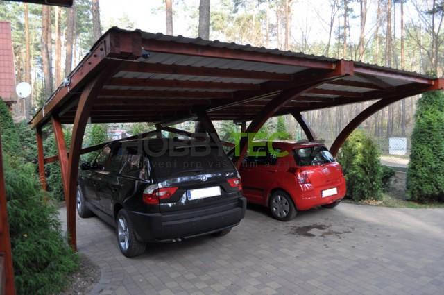 Velké porovnání přístřešku na auto s klasickou garáži