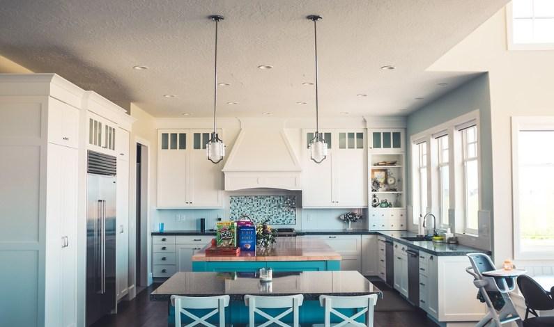 Vpusťte do své kuchyně barvy! Zahřejí vás hned dvakrát