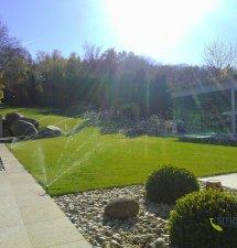 Zalévání zahrady je věda. Důležitá je rovnoměrnost i kvalitní zavlažovací systém