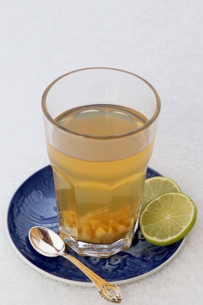 Grøn te med ingefær og lime