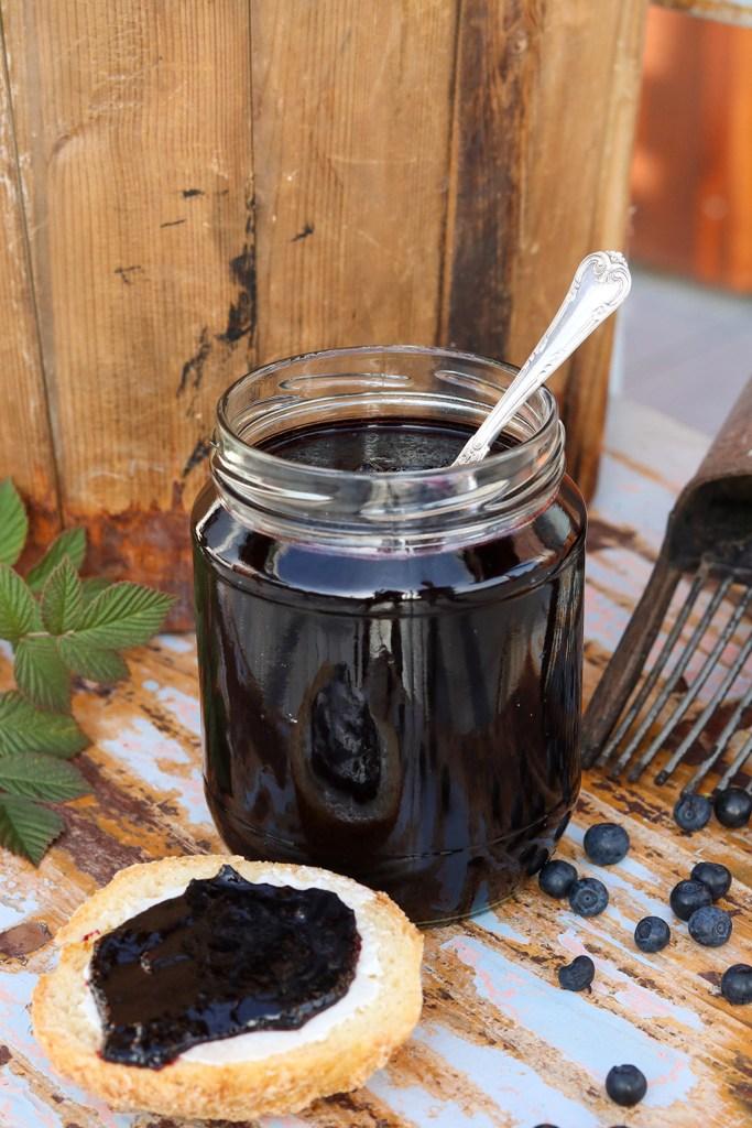 Hjemmelavet blåbærsyltetøj - simpel opskrift på en mild marmelade
