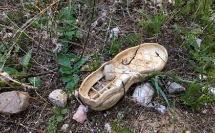 Abfallentsorgung auf Spanisch - Schuhsohle_TITEL