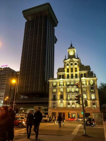 Wochenende in Madrid - Hochhaus