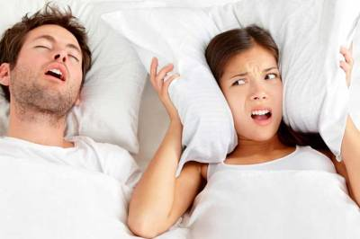 How To Stop Snoring Naturally While Sleeping