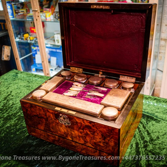 Georgian Period Gentleman's Travelling Vanity Case