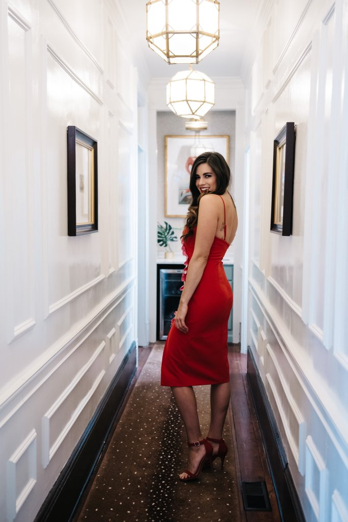what to wear on valentines day romantic date night by hilary rose charleston south carolina red and pink cocktail dress hearts love blogger