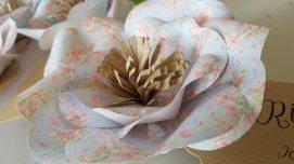 alice-paper-flower-ditsy-print