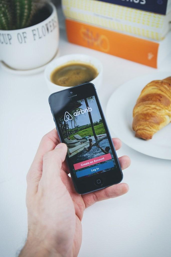 Hướng dẫn đặt phòng trên airbnb