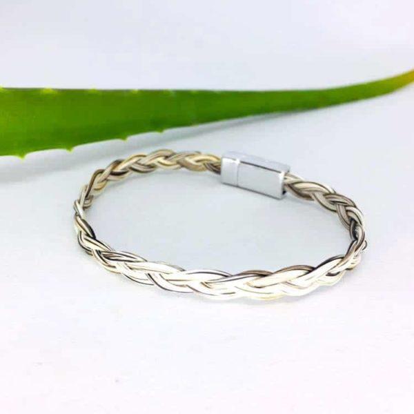 Bracelet en crin fermoir aimanté tresse simple