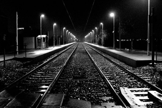 Gare-de-Nieppe-By-Night-001