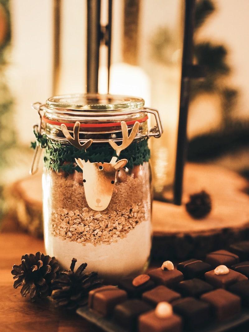 Repas de noël entre amies avec Toupargel blog lifestyle Lyon By Opaline cookie jar