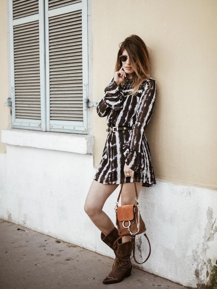 Look femme printemps 2019 robe tie & dye santiags bohème By Opaline blog mode Lyon France