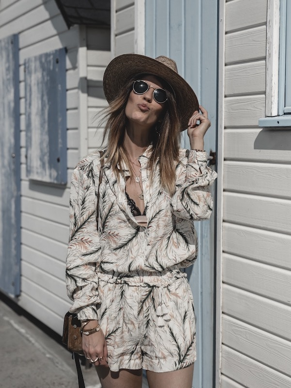Voyage Normandie tenue Darjeeling lingerie blogueuse mode inspirationblog Lyon France By Opaline