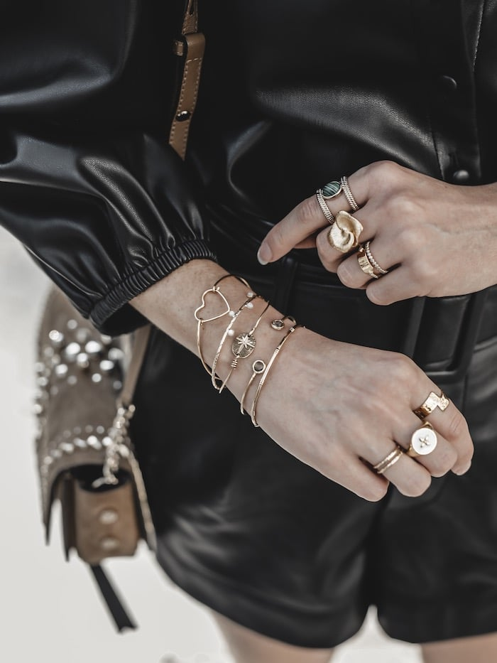 Look femme automne inspiration tenue tendance 2019 accumulation bijoux créateurs blog mode Lyon France By Opaline