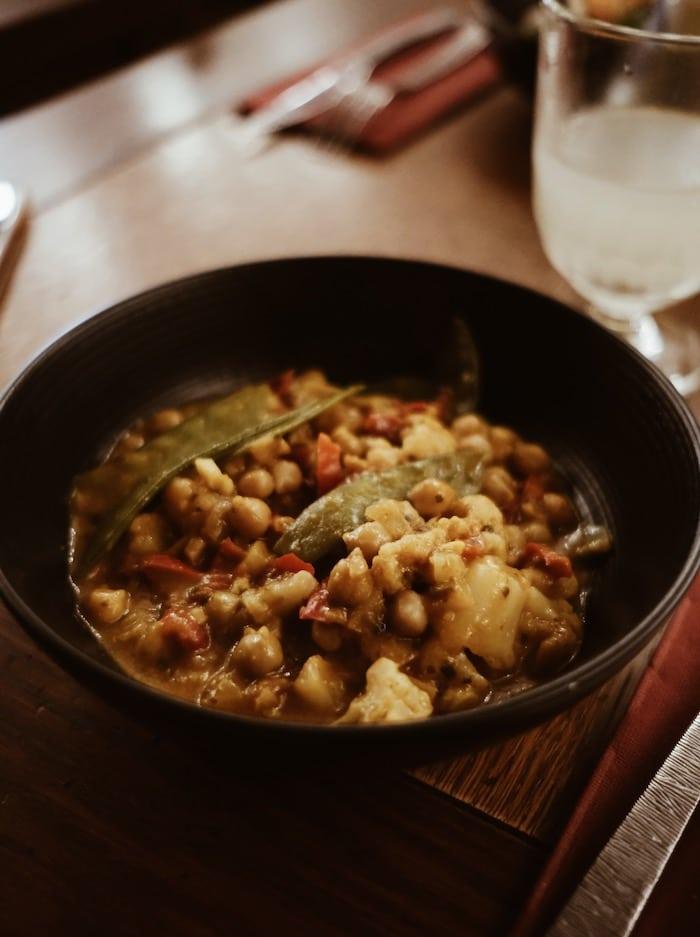 Curry végétarien restaurant l'Echansonnerie blog voyage By Opaline Lyon France